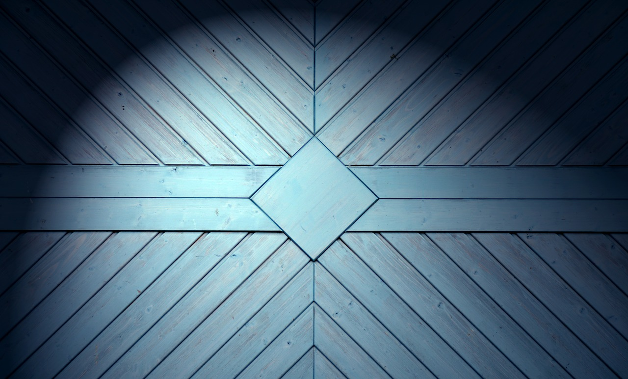 Quelle est la différence entre un garage en bois et un garage en briques ?